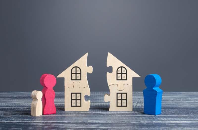 מי מקבל את דירת המגורים בגירושין?