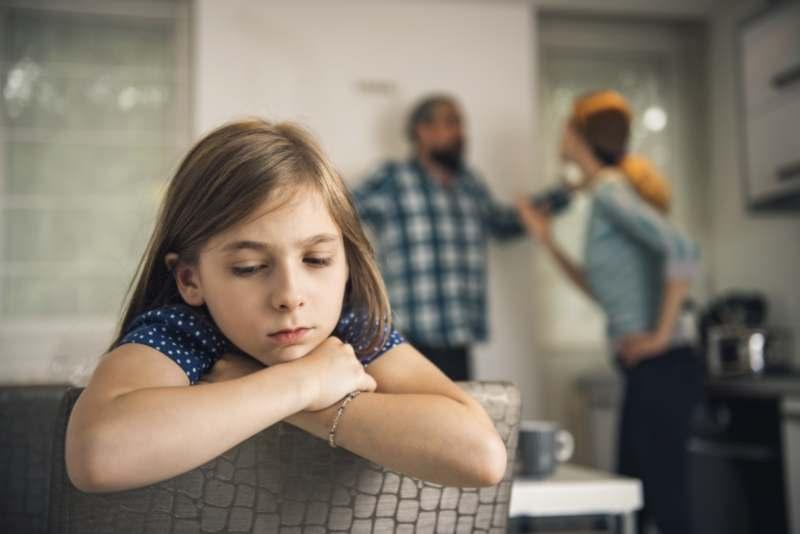 האם לשלוח את הילדים לטיפול פסיכולוגי כשמחליטים להתגרש?