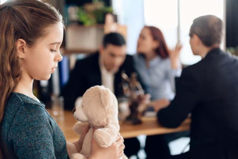 כיצד משפיעים גירושין על ילדים בגיל הרך
